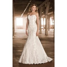 Gorgerous Tulle Trumpet/Mermaid Strapless Spring Sleeveless Lace Empire Ivory Wedding Dresses