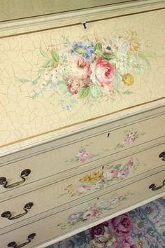 This beautiful antique, hand-painted bureau and drawers has sold for 2,300 English pounds.