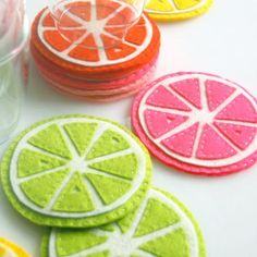 DIY Felt Citrus Coasters! Sweet!  I want to make a whole whack of these!
