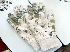 DIY: sweatshirt gloves