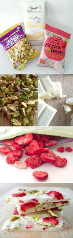 candybar van witte chocola aardbeitjes en pistachenootjes