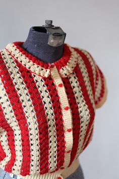 Striped vintage sweater with heart-shaped buttons. Original image doesn't go anywhere and no original source. But it sure is gorgeous! Mode Crochet, Knit Crochet, Vintage Knitting, Vintage Crochet, Crochet Clothes, Diy Clothes, Crochet Crafts, Crochet Projects, Knitting Patterns