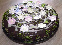 Virágos Szülinapi Torta