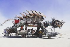 Burning Man 2017 photos: More of the best art and architecture so far - Curbed SF Burning Man People, Burning Man 2017, Burning Man Art, Burning Man Sculpture, Black Rock Desert, 2017 Photos, Guy Pictures, Installation Art, Art Cars