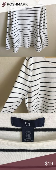 PLUS SIZE GAP XXL STRIPED PULLOVER SWEATSHIRT LONG This gap XXL long sleeve sweatshirt would look absolutely adorable with a button up underneath with the cuffs folded back with a watch! Or if that's not your style wear it with some ripped skinny jeans and a gold cuff! Soft and thick to keep you warm all through winter! GAP Tops