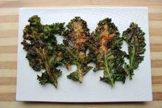 Smokey Cheddar Kale Chips