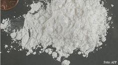 Brasileiros pesquisam vacina contra vício em cocaína  Cientistas do Departamento de Química Orgânica da Universidade Federal de Minas Gerais estudam há dois anos e meio molécula que estimula a produção de anticorpos contra a droga no sistema imunológico