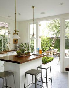 demais!! cozinha aberta para o jardim!