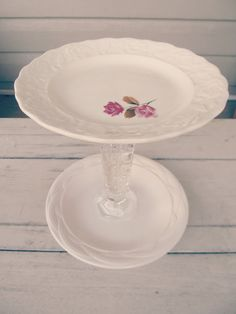 Southern Belle Soul, Mountain Bride Heart: Cupcake and Cake stands for events! (DIY Dessert Stands and shabby chic event decor)