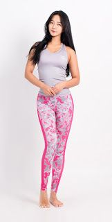 womanshop.com: YOGA + Fitness Rash Guard (Leggings)