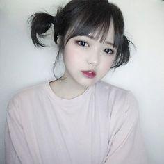 Las etiquetas más populares para esta imagen incluyen: girl, ulzzang, korea y asian