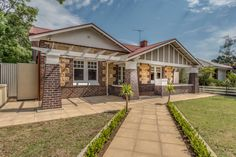 Image result for South Australian californian bungalow Modern Homes, Bungalows, Facades, Cabin, House Styles, Image, Beautiful, Home Decor, Modern Houses