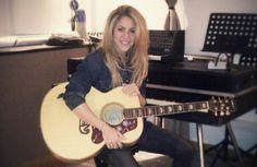 Milan Coloca Shakira Entre Os 10 Artistas Mais Populares da Internet