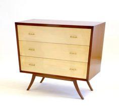 Destacado de la semana en La Mersa: cómoda americana. Más información de este y otros #muebles #vintage en www.lamersa.com