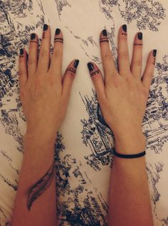 Dots on fingers tattoo. | Tattoos | Pinterest