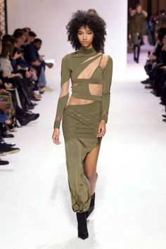 balmain menswear mens pfw pfwm paris runway @sssourabh Women's Runway Fashion, Mens Fall, Balmain, Menswear, Paris, Montmartre Paris, Paris France, Men Wear, Men's Clothing