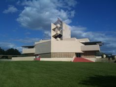 Florida Southern College in Lakeland Florida. Building by Frank LLoyd Right