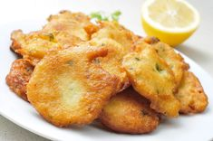 Recipe Kuenak: Salt Fish Fritters, a Health Eating Recipes Jamaican Desserts, Jamaican Dishes, Jamaican Recipes, Baked Salmon Recipes, Fish Recipes, Appetizer Recipes, Beignets, Jamaican Saltfish Fritters Recipe, Codfish Fritters Recipe