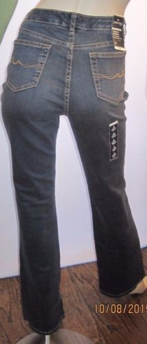 St-Johns-Bay-NWT-Secretly-Slender-Size-8-Slims-Instantly-Dark-Boot-Cut-Jeans