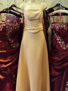 strapless gold size 8  sale £20.