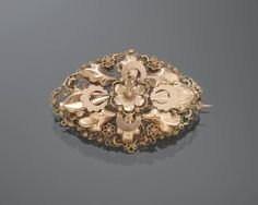 Gouden broche, Groningen, circa 1865-1875 #Groningen