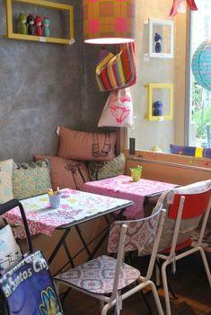 Anne-Sophie, notre dénicheuse de bonnes adresses à Nantes, partage son coup de cœur pour la petite boutique de déco Ma Baïta et sa décoration vitaminée