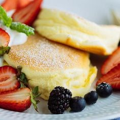 The fluffiest pancakes in the world are these Japanese Souffle Pancakes! Make these for your next brunch at home and serve with fresh berries and whipped cream. #JapaneseFood #Souffle #Pancakes #SoufflePancakes #Breakfast | Easy Japanese Recipes at JustOneCookbook.com