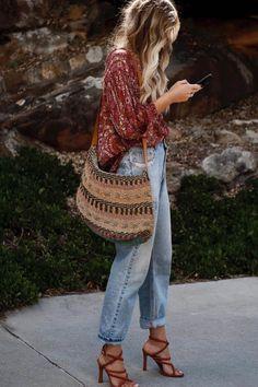Estilo Boho: de verano a invierno - estilo casual - estilo urbano - estilo clasico - estilo natural - estilo boho - moda estilo - estilo femenino Estilo Boho, Estilo Hippie Chic, Mode Hippie, Mode Boho, Boho Outfits, Cute Outfits, Fashion Outfits, Womens Fashion, Boho Chic Outfits Summer