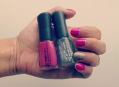 #CyzoneLovers añaden glitter en sus manos!  • Fucsia In de Nails In!