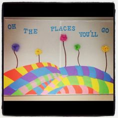 Oh The Places You'll Go Bulletin Board - LOTS of ideas for Dr Seuss boards Preschool Classroom, Classroom Themes, Classroom Activities, Classroom Organization, Dr Seuss Bulletin Board, Library Bulletin Boards, Graduation Theme, Kindergarten Graduation, School Decorations