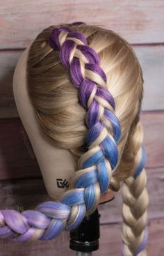 Color braids If your hair is not very seek and long this technique is perfect for you. 💜 # # long Braids with extensions color braids extensions Braided Hairstyles, Cool Hairstyles, Holiday Hairstyles, Rave Hair, Braids With Extensions, Hair Extensions Tutorial, Colored Hair Extensions, Hair Upstyles, Natural Hair Styles