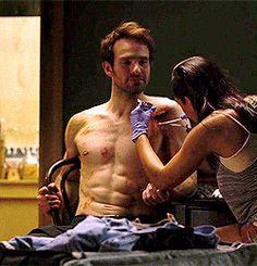 "Charlie Cox shirtless in ""Daredevil"""