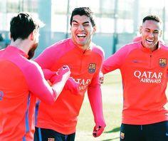 @luissuarez9 @leomessi @neymarjr #FCBarcelona #ForçaBarça #Football #training