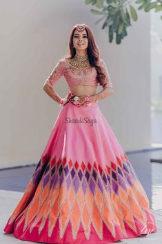 Indian Gowns Dresses, Indian Fashion Dresses, Indian Designer Outfits, Indian Bridal Outfits, Indian Bridal Fashion, Mehndi Function Dresses, Lehnga Dress, Lehenga Gown, Designer Party Wear Dresses