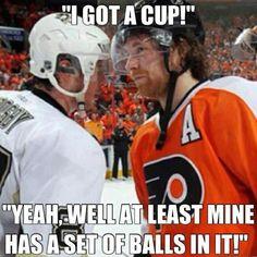Jokes About Claude Giroux's Slow Start to the Season Hockey Rules, Flyers Hockey, Funny Hockey Memes, Funny Memes, Wild Hockey, Hockey Boards, Hockey Season, Photography Words, Philadelphia Flyers