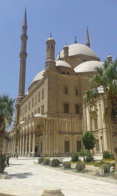 El . Cairo