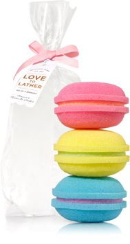 Shop bath sponges, shower sponges and loofahs from Bath & Body Works! Our soft fabrics and bright colors are the perfect duo of cleansing power and style. Bath Sponges, Neck Massage, Smell Good, Bath Accessories, Bath And Body Works, Decorating Your Home, Soft Fabrics, Christmas 2019, Merry Christmas