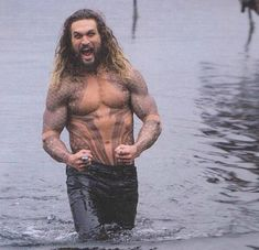 Iovin' being Aquaman