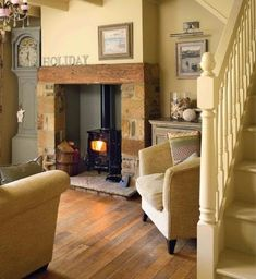 Living room ideas country cottage wood stoves 57 New ideas Cottage Living Rooms, Cottage Interiors, My Living Room, Home And Living, Living Spaces, Stairs In Living Room, Cottage Bedrooms, Modern Living, Style At Home