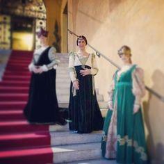 @patriziamontanari_#ferrara #carnevalerinascimentale #medievallady #damamedievale #igersferrara #comunediferrara #rinascife2014 #dameestensi #ferraramedievale