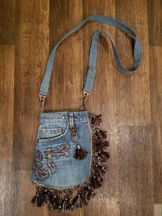 BOHO Gypsy Blue Jean tassled Hip Purse, Cross body bag, Festival waist pouch, Re-purposed denim, tas Hip Purse, Denim Purse, Jean Purses, Purses And Bags, Silver Hats, Waist Pouch, Denim Crafts, Boho Gypsy, Gypsy Style