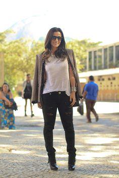 Lily Sarti Pants T shirt Zara Zara Blazer Boots Chanel Bag Chanel Sunglasses Ray Ban