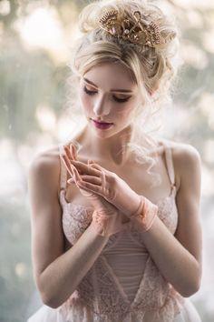 Emily by Irene Rudnyk - Photo 195986905 / Beautiful Girl Image, Beautiful Eyes, Glamour Photography, Girl Photography, Irene Rudnyk, Foto Picture, Beyond Beauty, Artists And Models, Blonde Model