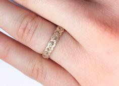 rose ring by Marlis #rosering #brassring #naturering #naturejewels #printring #3dprinting #'ring #printring #3dring #jewellery #jewels #brassring #minimal #nature #rose #roses #printring #wedding  #weddingring #engagementring