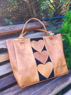 Leather Tooling, Leather Purses, Leather Handbags, Leather Bag, Types Of Bag, Leather Projects, Handmade Bags, Bag Making, Shopping Bag