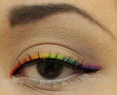 Cute eyeliner idea!