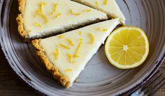 O prajitura cu un gust bogat si aromat, acest cheesecake cu lamaie este si foarte usor de preparat!