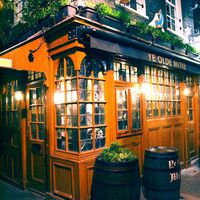 Don't spend hours searching for a good pub -- head here,  where monks, highwaymen and legends once drank