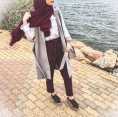 maroon pants with hijab-Street style inspirations for hijab – Just Trendy Girls