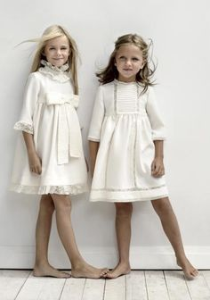 58 new ideas fashion kids colour Little Girl Fashion, Little Girl Dresses, Girls Dresses, Flower Girl Dresses, Flower Girls, Girls White Dress, White Dresses For Kids, Ivory Dresses, White Girls